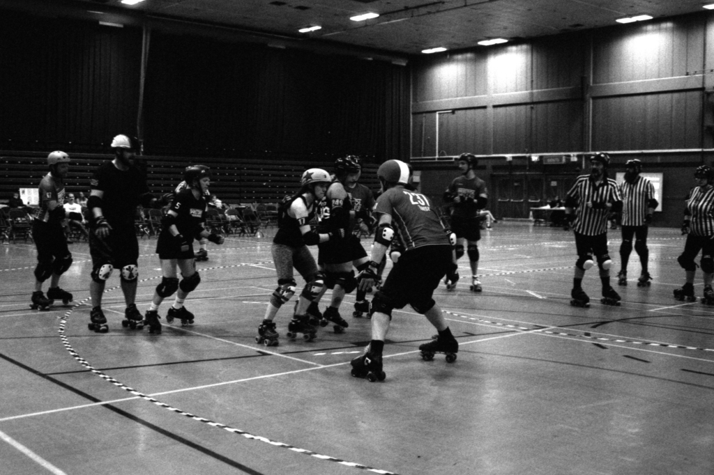 Sevens Tournament, HP5 at 6400iso, Black & White Photo, Roller Derby on film